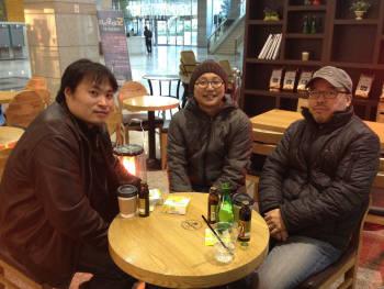왼쪽부터 강도영, 주호민, 윤태호 작가