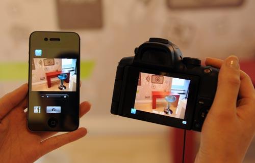 ▲ '리모트 뷰파인더' 기능으로 사진 촬영이 더 편리해진다.