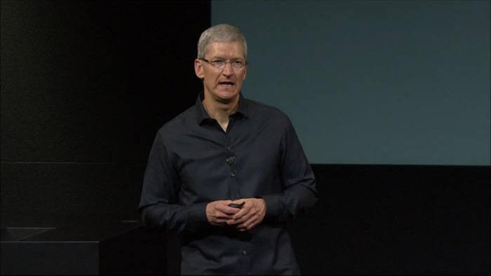 """팀 쿡 애플CEO, """"신제품 출시 임박했다""""... 모바일 결제 서비스 출시도 암시"""