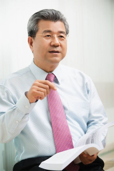 """""""뿌리기술, 한국 제조업 혁신의 필수요소""""…김정한 뿌리산업진흥센터 소장"""