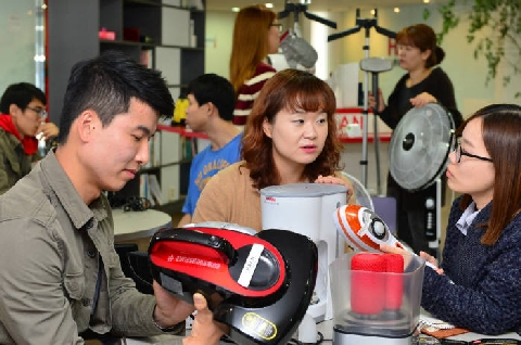 Small home appliances makers evolving into general household electronic appliances companies