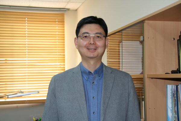 고려대학교 뇌공학과 Min lab을 이끌고 있는 민병경 교수