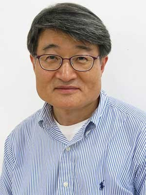 Professor Jo Gil-won
