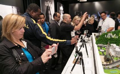 LG V10, 버라이즌·AT&T·T모바일서 우선 판매