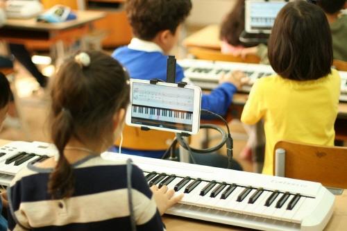 방과후 학교의 피아노 교육, 스마트로 답을 찾다