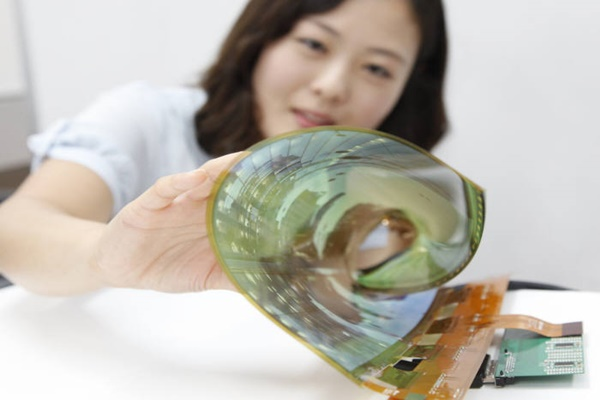 LG Display's flexible display.  Picture = LG Display