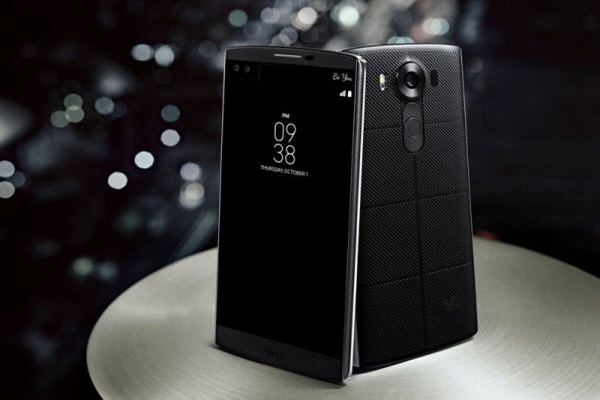 LG Electronics' V10 that has dual front camera