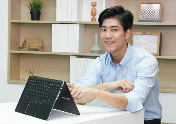 삼성전자, 360도 회전 '노트북9 스핀' 출시