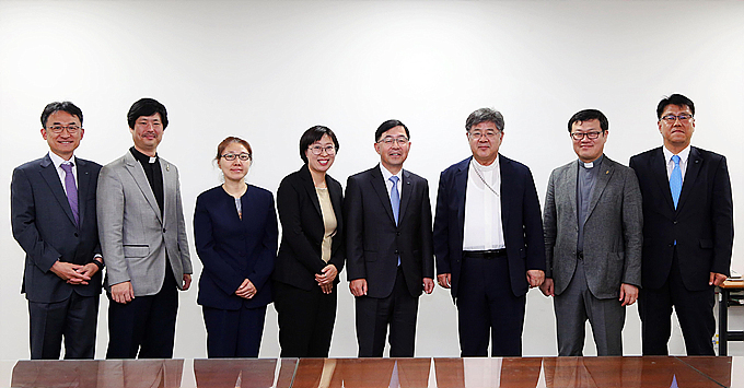 두산, 두리모 자립 지원금 '1억여 원' 전달