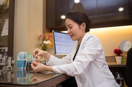 안면마비 질환 구안와사 초기 치료가 중요한 이유는?