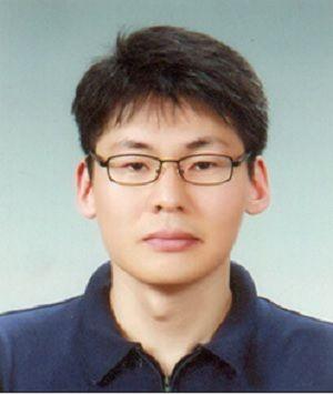 제13회 마크로젠 과학자상' 수상자로 선정된 포스텍(POSTECH) 생명과학과 이승재 교수