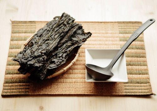 철분 보충식품으론 미역, 매생이 등 철 많은 음식이 제격