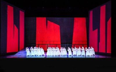 [ET-ENT 오페라] 예언에 흔들리는 불안하고 초조한 현대인의 자화상 '맥베드' (2)