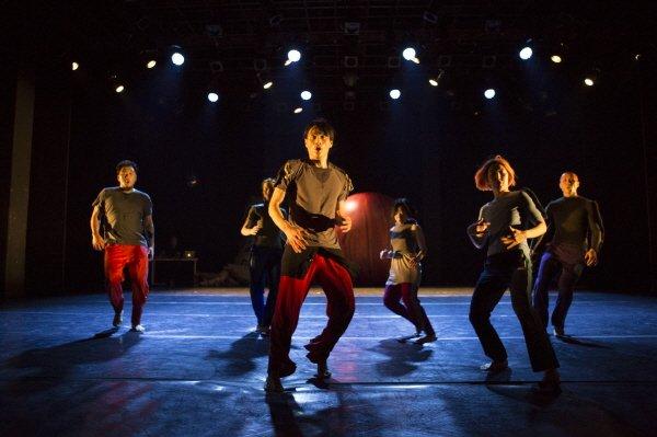 '공상 물리적 춤' 공연사진. 사진=한국문화예술위원회 제공