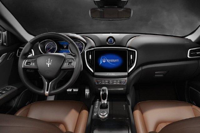 [임의택의 車車車] 제네시스 G80이 마세라티 기블리에 배워야 할 것은?