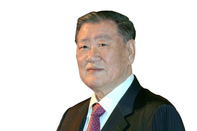 """정몽구 회장 """"자율주행 기술력으로 미래 변화 선도해야"""""""