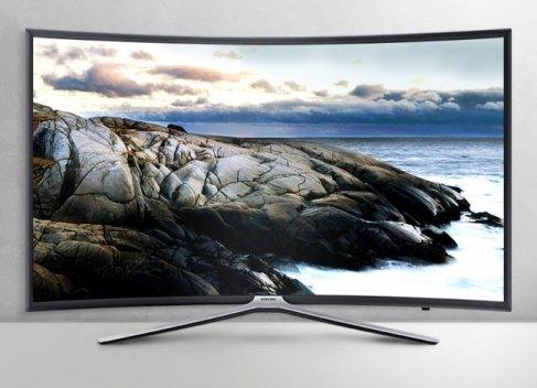현대홈쇼핑이 7~8일 인기 가전 브랜드인 삼성전자와 LG전자의 대형 가전을 엄선해 판매한다. 삼성 커브드TV. 사진=현대홈쇼핑 제공