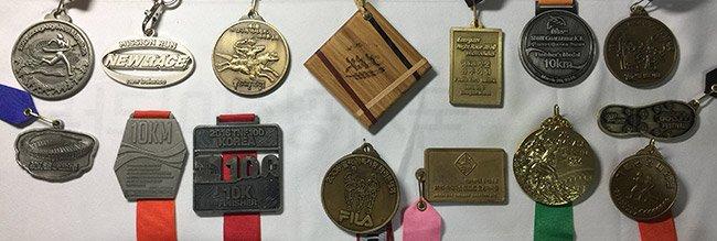 다양한 디자인의 완주 메달