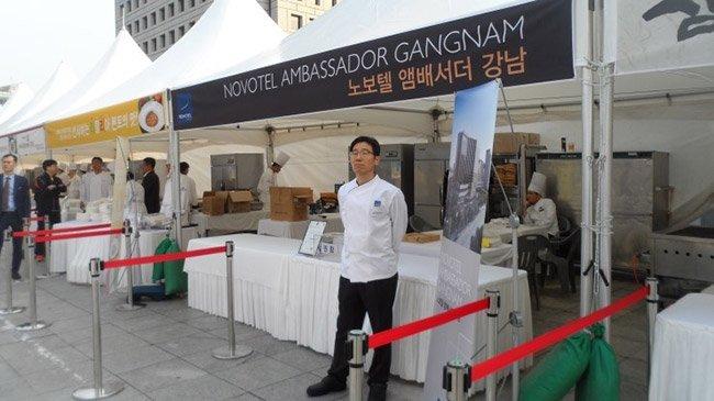 국제 평화 마라톤 대회. 유명 호텔 주방장이 직접 만든 요리를 맛볼 수 있다