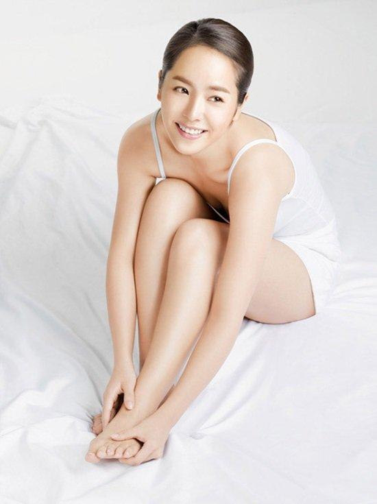 한지민, 날씬한 다리 라인·글래머 몸매 '반전 매력에 아찔'