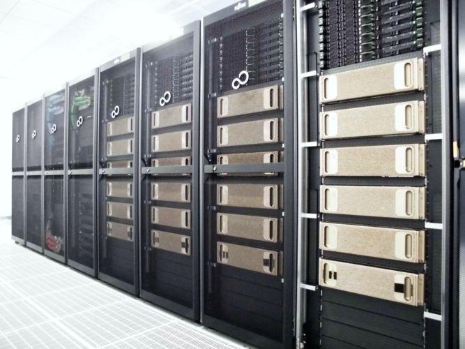 엔비디아의 DGX-1 AI 시스템 24대로 구동되는 이화학연구소(RIKEN)의 슈퍼컴퓨터