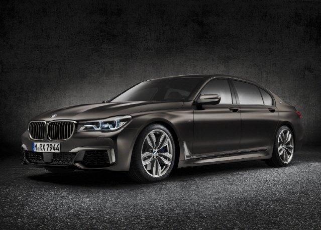 BMW, 12기통 엔진 얹은 'M760Li' 서울모터쇼에 내놓는다