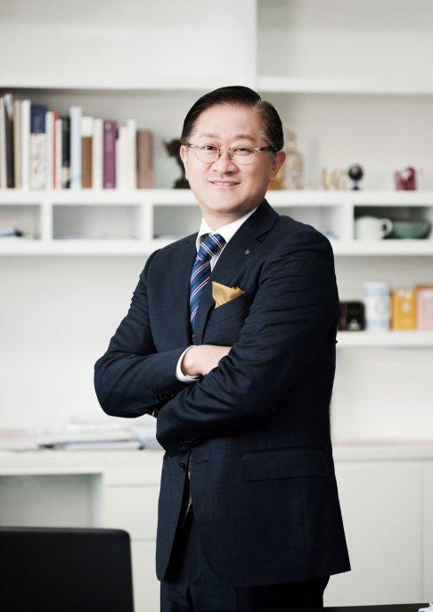 아모레퍼시픽그룹 서경배 회장 취임 20주년, 'Great Company' 비전 다짐