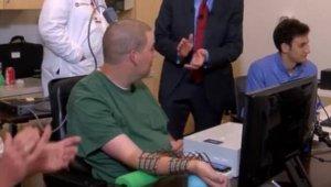 미 연구진, 뇌에 전극 심어 사지마비 환자 손 움직였다