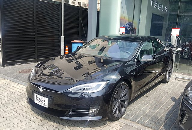 [임의택의 車車車] 자동차의 신기원, 테슬라 모델 S