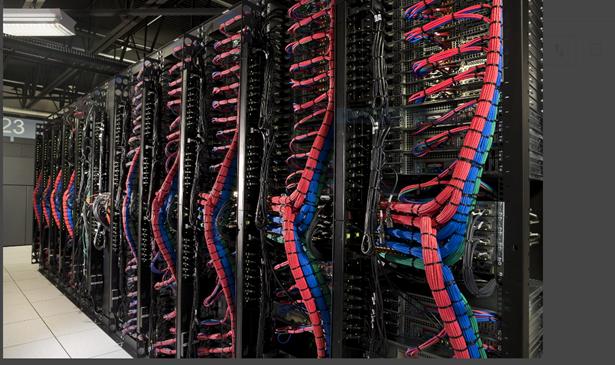 IBM 클라우드 데이터센터 내부,