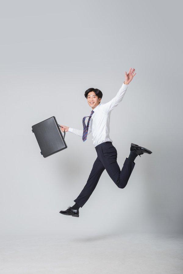 [즐거운 직장-LG유플러스] (Healthy)임직원들의 일과 삶 균형 위한 건강한 기업문화 만들기
