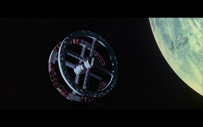 자료출처 : 스텐리큐브릭 2001 스페이스오디세이 영화 중 네이버 스크린 캡쳐
