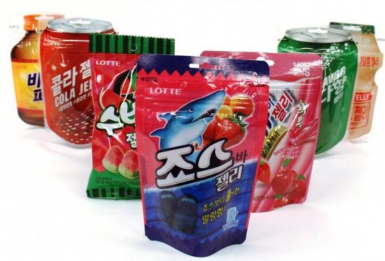 롯데제과(대표 김용수)가 컬래버 젤리가 큰 인기를 얻자 후속 제품으로 '죠스바 젤리(편의점 판매가 기준 1200원)'를 내놨다. 사진=롯데제과 제공