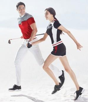 골프웨어 브랜드 '와이드앵글'이 친환경 소재 '한지'를 응용한 여름 아이템을 선보여 눈길을 끌고 있다. 사진=와이드앵글 제공