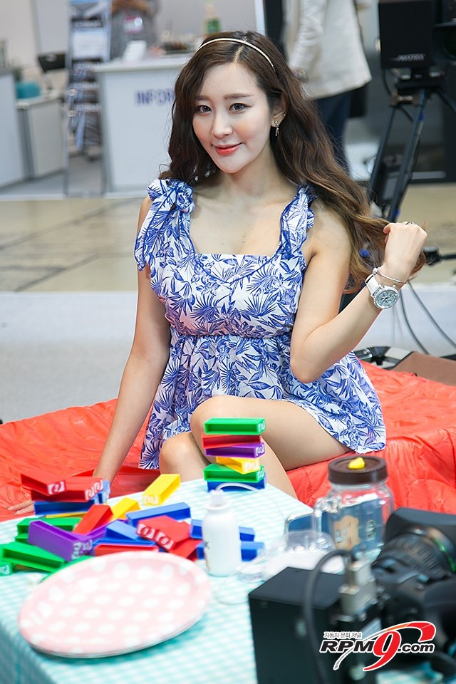 [포토] KOBA 2017, 컴패니언 모델 한지오 '샤방샤방 환한 미소'