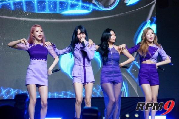 22일 오후 4시 서울 홍대 무브홀에서는 마마무의 다섯 번째 미니앨범 'purple(퍼플)' 발매기념 쇼케이스가 열렸다. 타이틀곡 '나로 말할 것 같으면' 무대장면. (사진=박동선 기자)