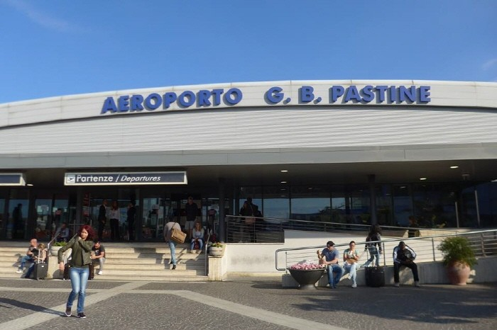 참피노 공항에 도착