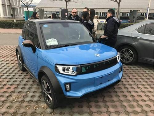 """北京汽车将在韩国上市的MINI SUV电动汽车""""ARCFOX-1"""""""