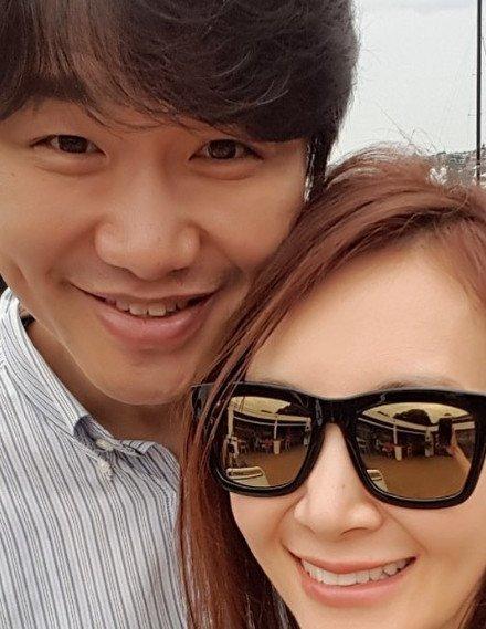 채시라♥김태욱 부부, 결혼 18년차 '여전히 꿀 떨어지는 신혼 같네'