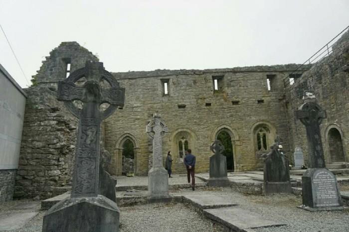 콩 수도원