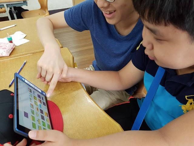 스크래치주니어 앱 수업 모습 - 와이파이 없이도 가능하다