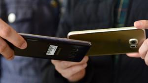 삼성전자 내년 전략폰에 터치 일체 디스플레이 전면 도입...부품업계 '직격탄'
