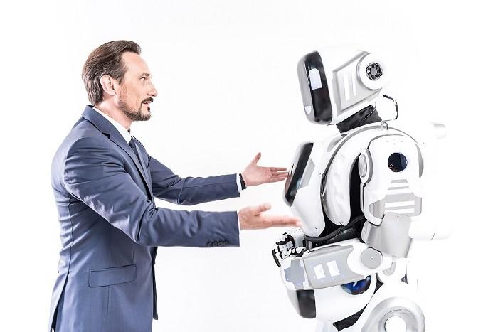 [뉴 패러다임 인지융합] AI 서비스 대중화 이끈 음성정보시스템, 진정한 사람 중심의 설계가 필요한 이유