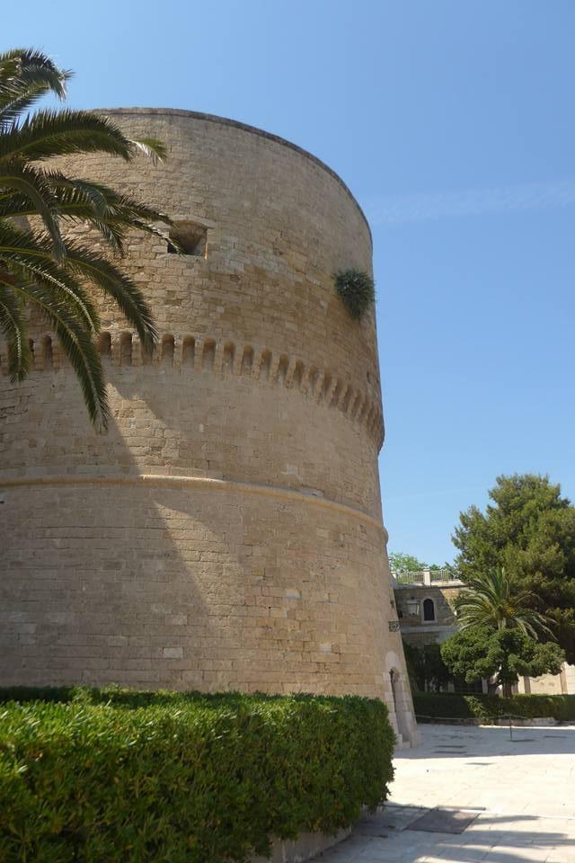 [허여사의 여행일기 이탈리아편 Day-2] 중세 시대 모습 그대로인 마테라&타란토