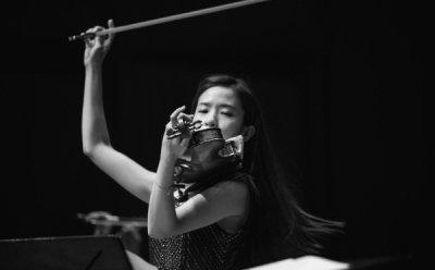 [ET-ENT 클래식] '오케스트라 앙상블 서울 OES의 로맨틱 나이트'(1) 바이올리니스트 장유진, 거침없는 내면의 질주를 아름다운 선율에 담아
