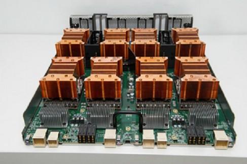 볼타 아키텍처 기반 세계 최초의 인공지능 슈퍼컴퓨터인 엔비디아 DGX-1