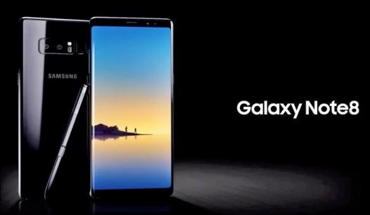 네이버 스마트폰 공동구매 카페 '더싼폰'은 현재 진행중인 갤럭시노트8 사전예약 진행 때 20만원 상당의 사은품을 지급한다고 8일 밝혔다. 사진=더싼폰 제공