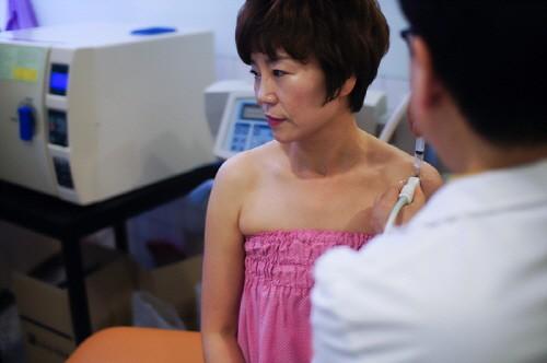회전근개파열의 어깨통증, 오십견을 불러올 수 있어