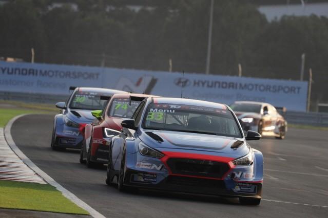 현대차 'i30 N TCR',  TCR 인터내셔널 시리즈 데뷔전 우승