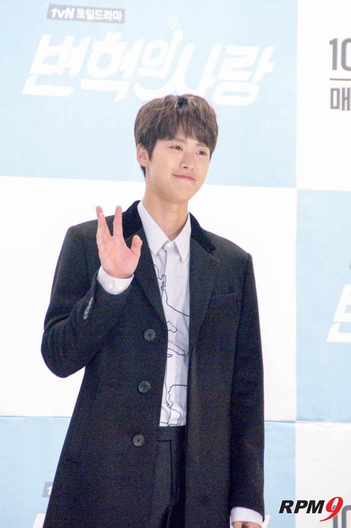 [ET-ENT 인터뷰] tvN 변혁의 사랑, '젊은 세대의 삶과 사랑 녹인 꿀잼로코'('변혁의 사랑' 제작보고회')